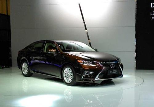 Lexus-ES-200-1.jpg