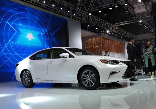 Lexus-ES-300h-7.jpg