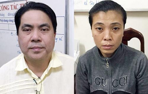 Ngu Weng Hie và Hoa tại cơ quan điều tra. Ảnh: C.A
