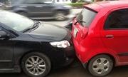 Có cần đền thêm tiền mất giá trị xe do tai nạn không?