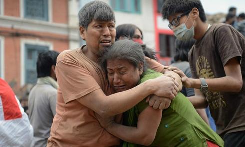 Động đất mạnh ở Nepal, hơn 1.000 người chết