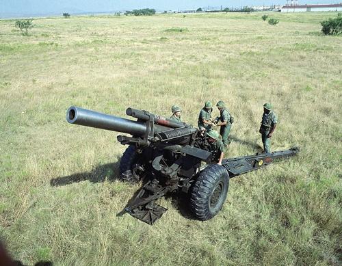 800px-USArmy-M114-howitzer-8423-14299606