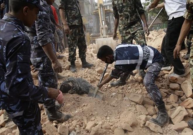 Những di tích bị động đất tàn phá ở Nepal - ảnh 3