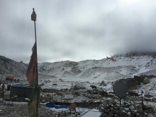 Du khách Việt kể về dư chấn động đất trên núi Nepal