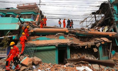 Cứu hộ Nepal đối mặt muôn vàn thách thức