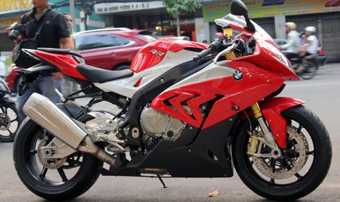 BMW-S1000RR-3.jpg