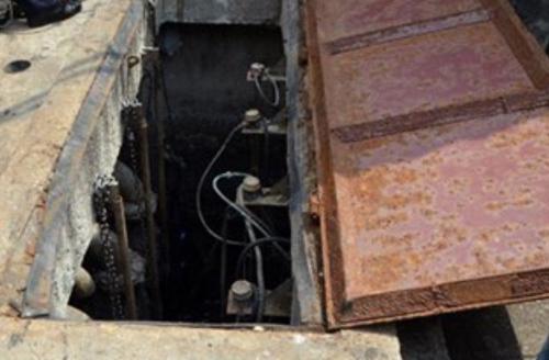 Ba công nhân gặp nạn khi kiểm tra hố nước thải