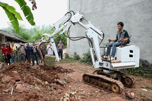 farmerexcavator1edited-8819-1430966435.j