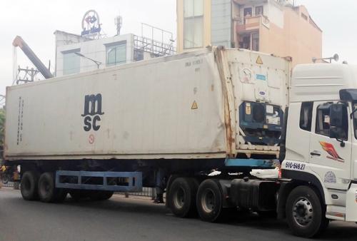 Container gây ra sự cố. Ảnh: An Nhơn