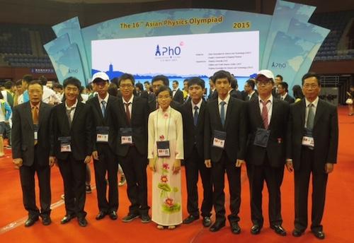 Việt Nam giành hai huy chương vàng Olympic Vật lý châu Á