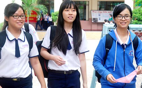 Đề thi thử THPT quốc gia ở TP HCM vừa sức học sinh
