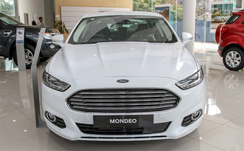 Ford-Mondeo-2015-2.jpg