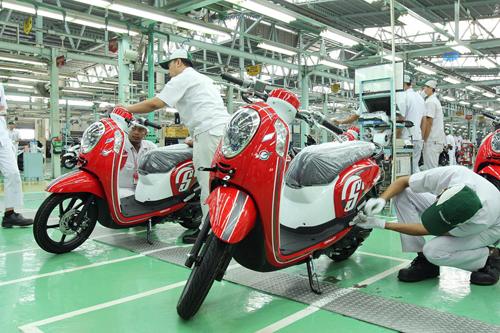 Honda-Scoopy-moi-12-2715-1431574307.jpg