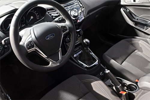 Ford-Fiesta-2015-2-7236-1431705169.jpg
