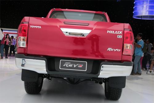 Toyota-Hilux-2016-105.jpg