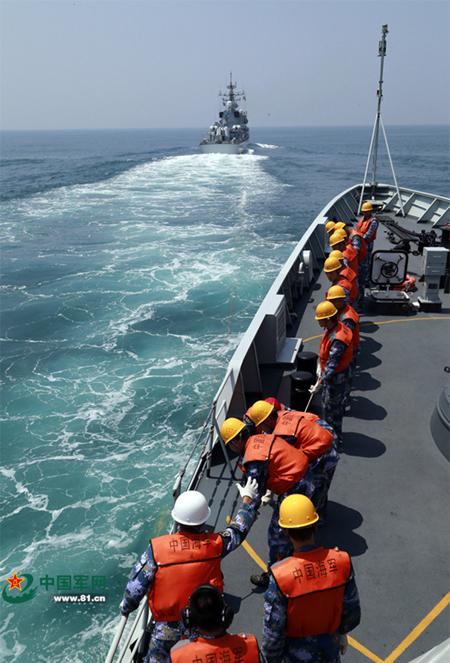 Trung Quốc tập trận cả ngày lẫn đêm trên Biển Đông - ảnh 9