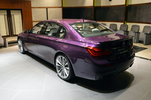 BMW-760-Li-chang-vang-6-6093-1432611512.