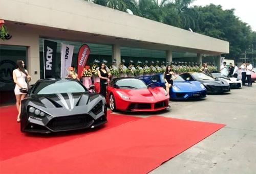 Hãng độ Trung Quốc khai trương với bộ sưu tập xe vô giá