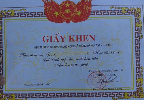 giay-khen-bi-loi-3595-1432790705.jpg