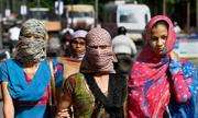 Học qua tin: Hàng nghìn người chết vì nắng nóng ở Ấn Độ