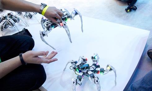 Robot tự phục hồi sau khi hư hại