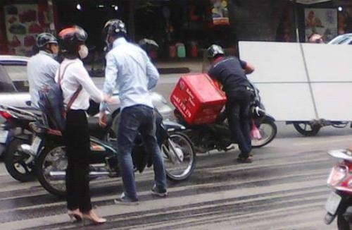 xe-cuu-ho-chay-dau2-8642-1433433492.jpg