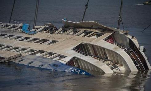 Đam mê du lịch của hành khách lớn tuổi nhất trên con tàu chìm