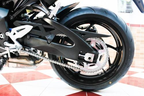 suzuki-gsxs1000-9.jpg