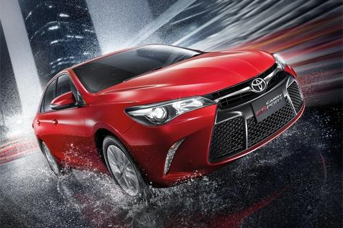 Toyota-Camry-eSport-8-7852-1434075311.jp