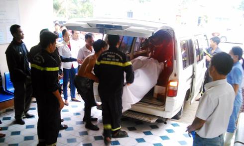 Xem xét trách nhiệm nhà trường vụ 7 nam sinh chết đuối