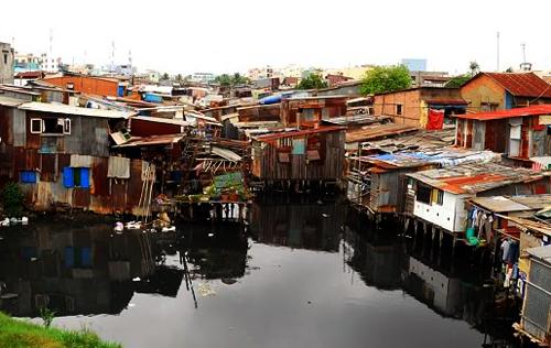 Sài Gòn phát sinh hơn 7.000 nhà 'ổ chuột'