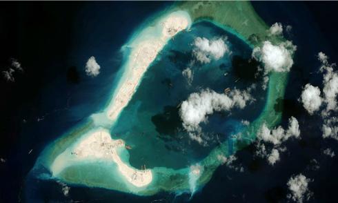 Philippines tố Trung Quốc vẫn xây dựng hết công suất ở Biển Đông