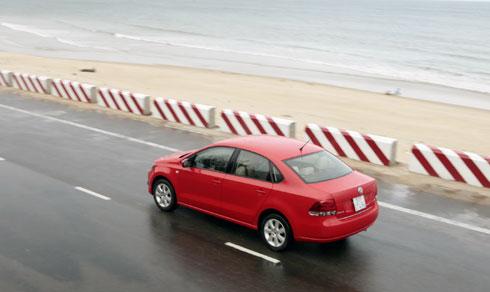 Polo-sedan-2-8105-1435293458.jpg