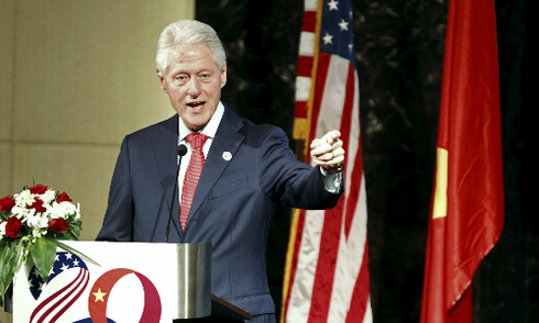 Bill Clinton: Việt - Mỹ giải phóng chính mình khi chấp nhận nhau
