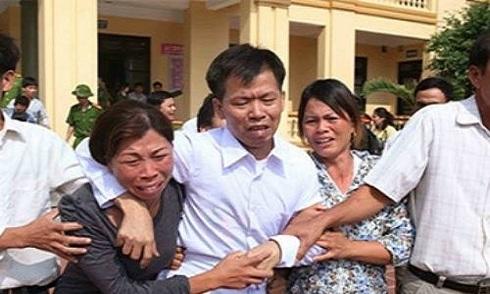'Ông Chấn sẽ kiện bà Hà tội vu khống' nóng nhất mạng XH trong ngày