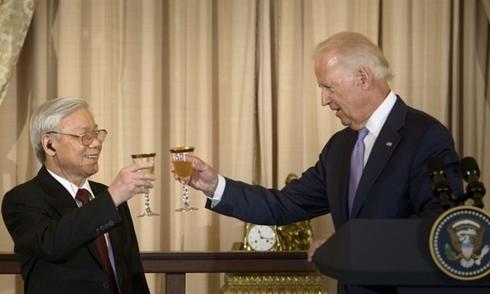 Phó tổng thống Mỹ đọc Kiều khi tiếp Tổng bí thư