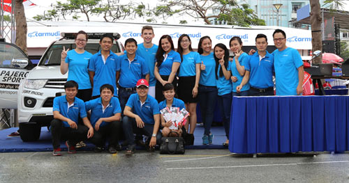 Carmudi-Team-photo-4662-1436325453.jpg