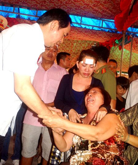Bộ trưởng Trần Đại Quang chia sẽ nỗi đau của gia đình. Ảnh: Nguyệt Triều.