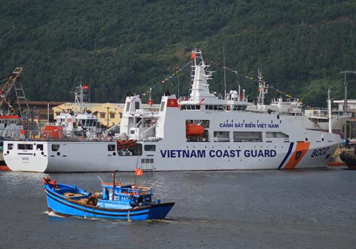 Cảnh sát biển tiếp nhận hai tàu hiện đại