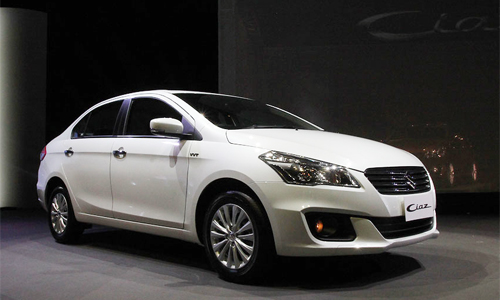 Doi thu Honda City 2015 la Suzuki Ciaz 2015