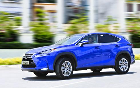 2-Lexus-NX-200t-anhchay-1-1352-6382-6602