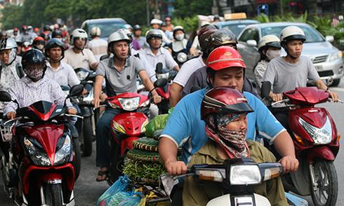 Ý kiến trái chiều về nguồn thu phí bảo trì đường bộ