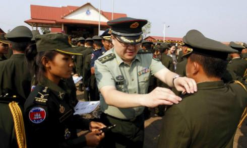 Bên trong học viện quân sự do Trung Quốc tài trợ ở Campuchia