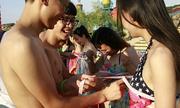 Trung Quốc tranh cãi vì cuộc gặp mặt đo ngực của 30.000 nam nữ