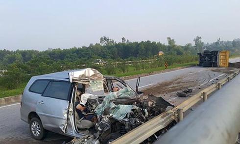 3 người Hàn Quốc tử vong trên chiếc xe biến dạng