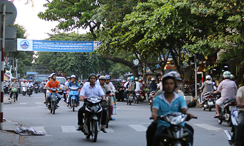 Đại gia Hà Nội giấu 'hàng đá' trong ôtô vào Nam