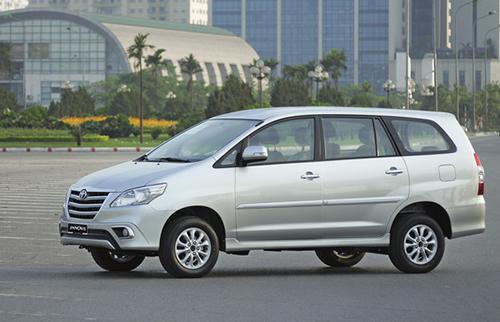 Toyota-Innova-2014-1-140072834-4151-4905