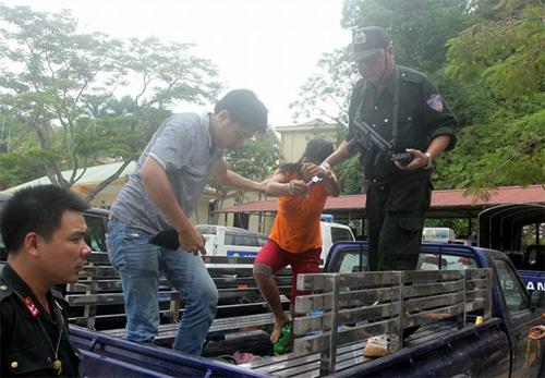 Thảm sát ở 4 người Yên Bái: Thả người yêu của nghi phạm về nhà