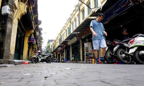1,5 tỷ đồng lát đá 55 mét lòng đường phố cổ Hà Nội