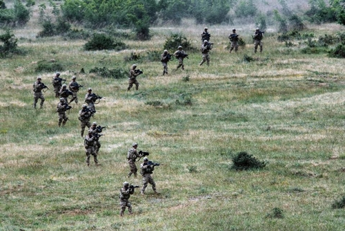 US army soldiers take part in a joint military drill with Bulgaria